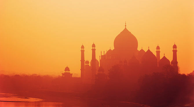 India-Silhouette of Taj Mahal