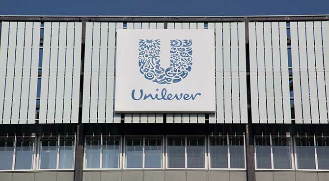 Shareholders force Unilever to drop Dutch move