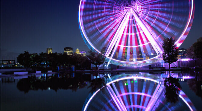 Montreal's observation wheel at night