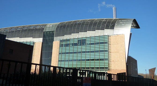 Photo of the Francis Crick Institute in London