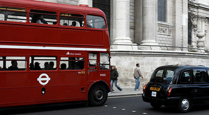 London bus illustrates article about negative impact of Brexit on employment